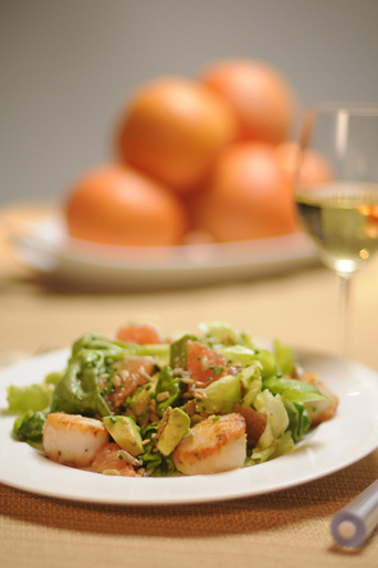 seared_scallops_salad